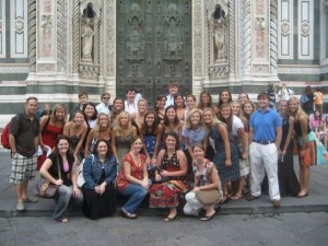 Andrea Taylor and April Gaydosh with students in Florence, Italy.