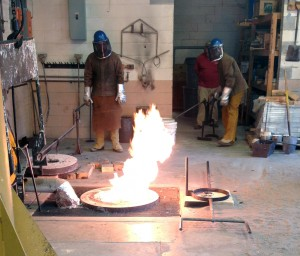 Aluminum pour in the foundry with Mike Eddins and Patrick O'Sullivan.