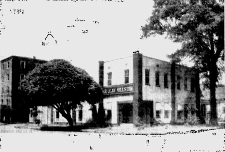 Olan Mills Studios in Tuscaloosa, 1938.